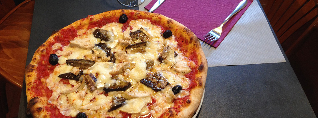 la-louisiane-samoens-pizza